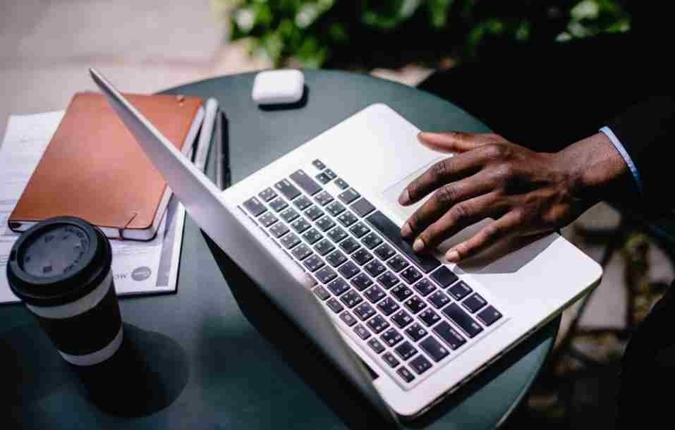 Curriculum da operaio: esempio di CV generico, edile e altro