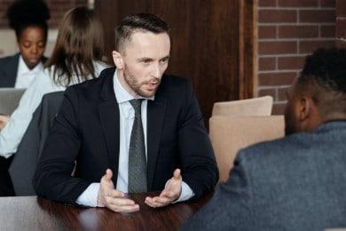 Curriculum Vitae di un avvocato: modello di CV per avvocato