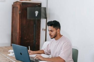 15+ modelli e template per creare il tuo CV Personalizzato