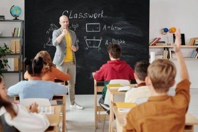 Lettera di presentazione per insegnante: esempi per la scuola