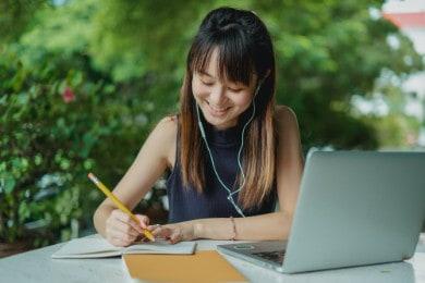 Profilo nel curriculum: esempio di descrizione personale CV